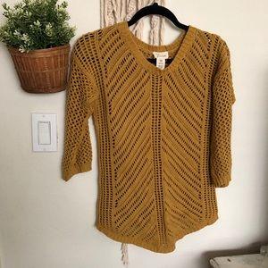 Mustard yellow 3/4 sleeve sweater XS